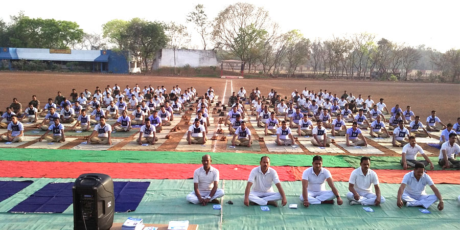 मार्च'2017 को पुलिस ट्रेनिग सेंटर रायपुर, छत्तीसगढ़ के लिए सिद्धयोग ध्यान शिविर का आयोजन किया गया।